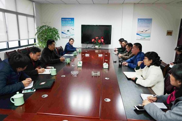 市政府副市长陈景飞走访丽水市中立建筑工程有限公司